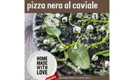Pizza nera al caviale